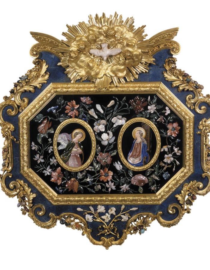 Fig. 21 Giovan Battista Foggini e Botteghe granducali Placca con Annunciazione 1722 bronzo dorato e pietre dure BadischesLandesmuseum, Karlsruhe